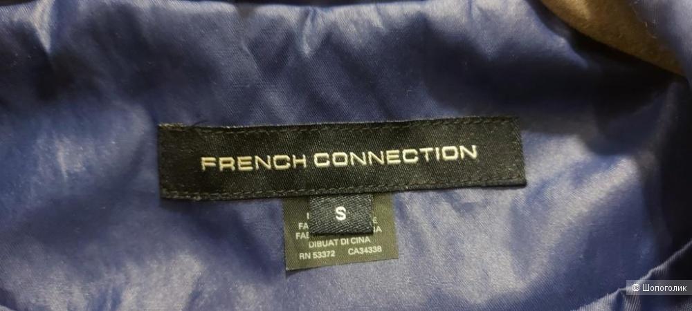 Куртка плащ French Connection -S-  на 44 р-р