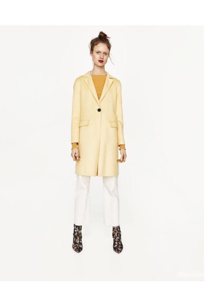 Пальто Zara, размер Xs