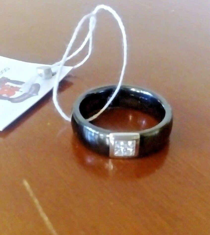 Кольцо, Крепкий орешек, 18