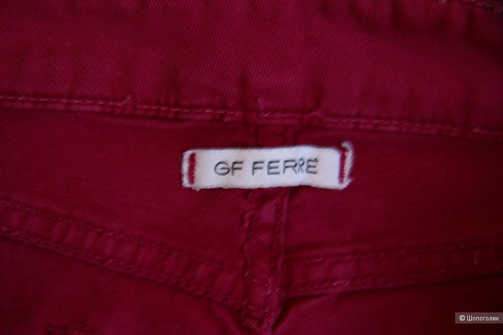 Джинсы GF FERRE размер 28
