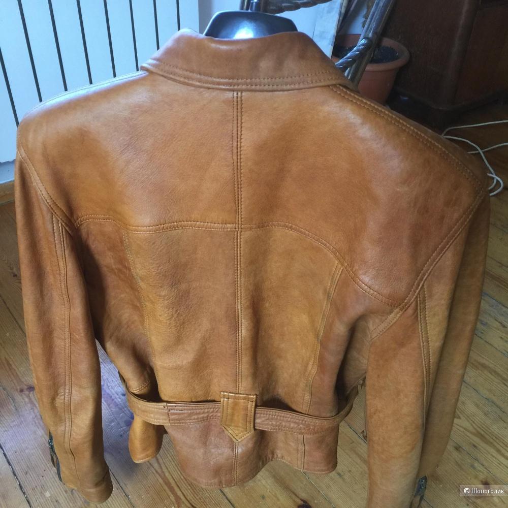Коженая куртка 48 р