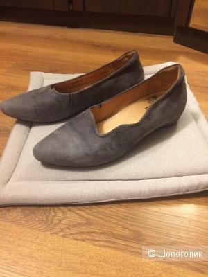 Замшевые туфли балетки Think 41-42 размера