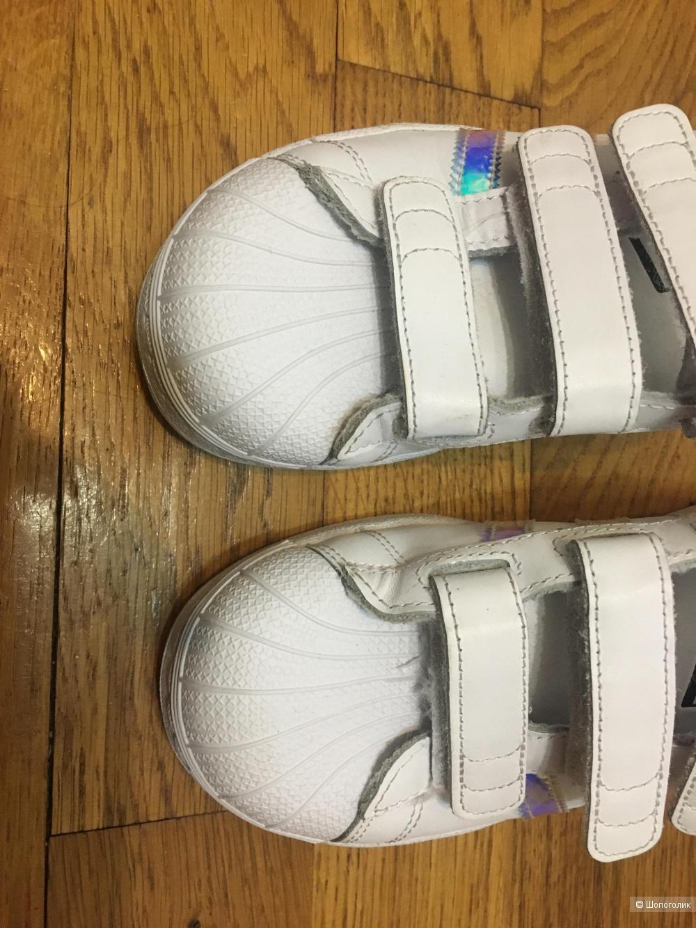 Детские кроссовки adidas Originals Superstar Р.35