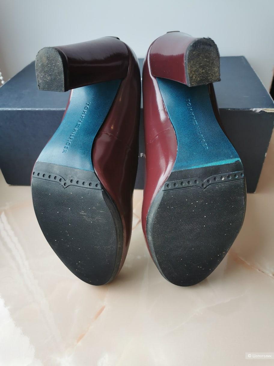 Туфли Tommy Hifiger размер 38