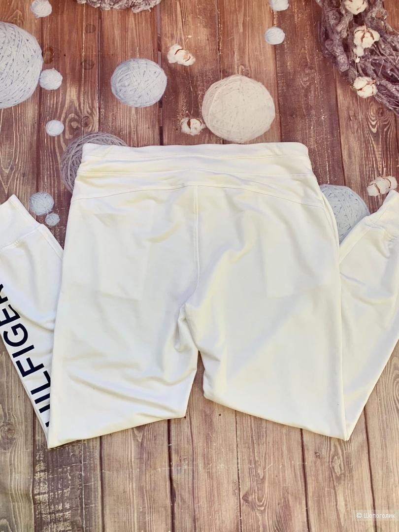 Спортивные брюки от Tommy Hilfiger М
