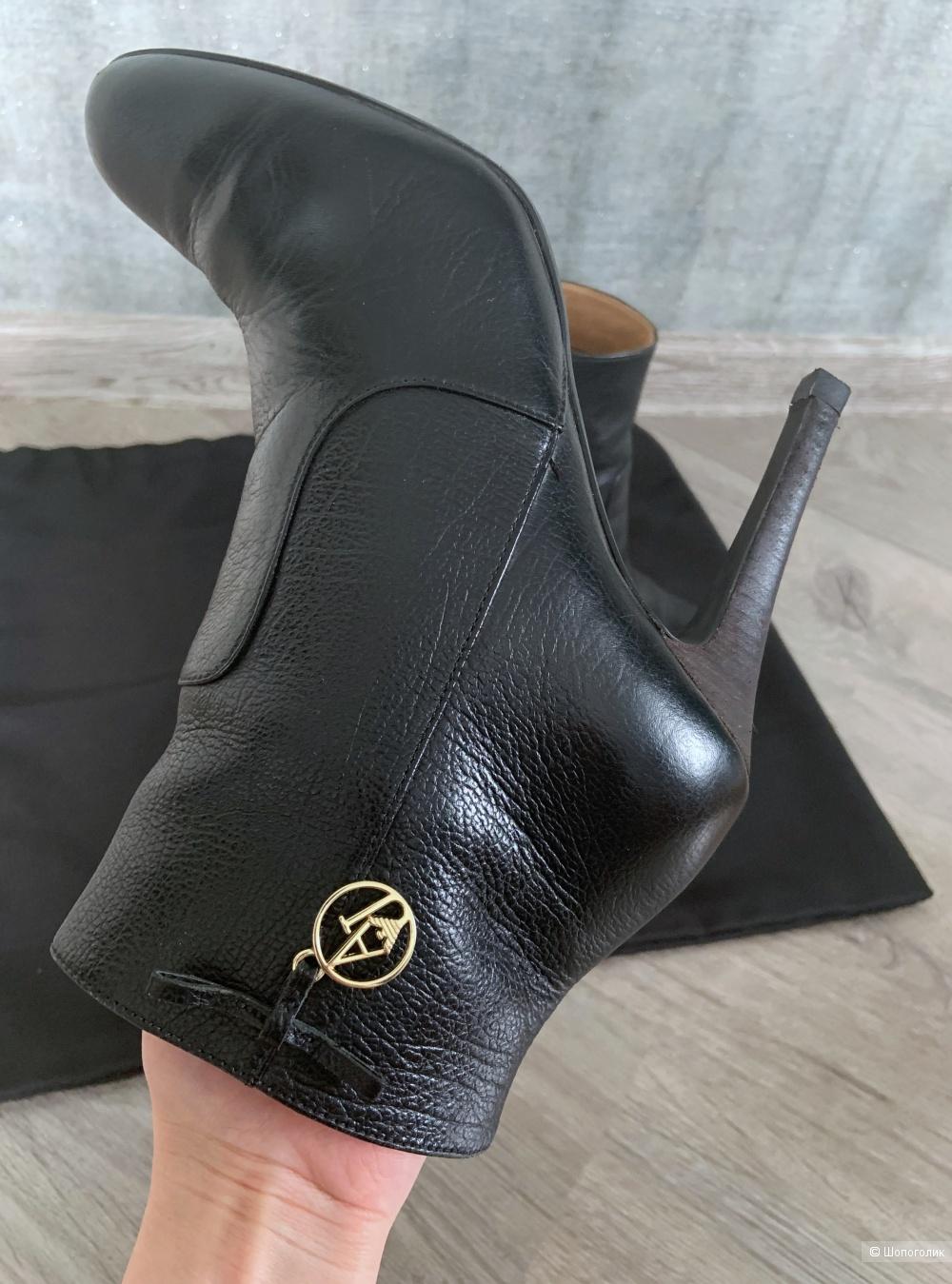 Ботильоны Armani Jeans, размер 37