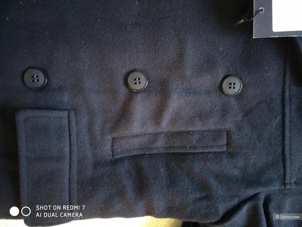 Пальто detomaso размер 7лет