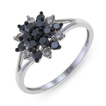 Кольцо из белого золота с черными бриллиантами,р. 17,5.