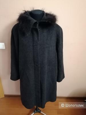 Шерстяное пальто Zero 42 европейского размера