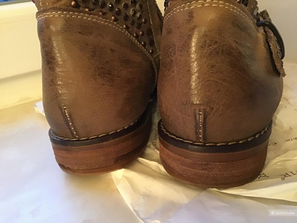 Ботинки Cafe Noir, 40 размер