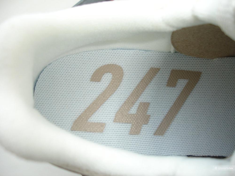 Кроссовки New Balance 247, размер US7/UK5/EU37.5 (стелька 25 см)