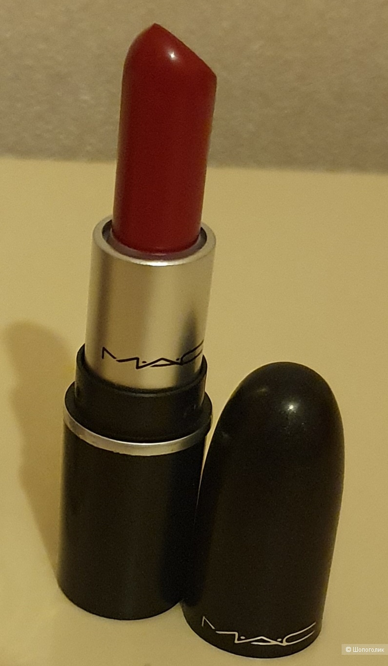 Губная мини помада Mac Russian red.