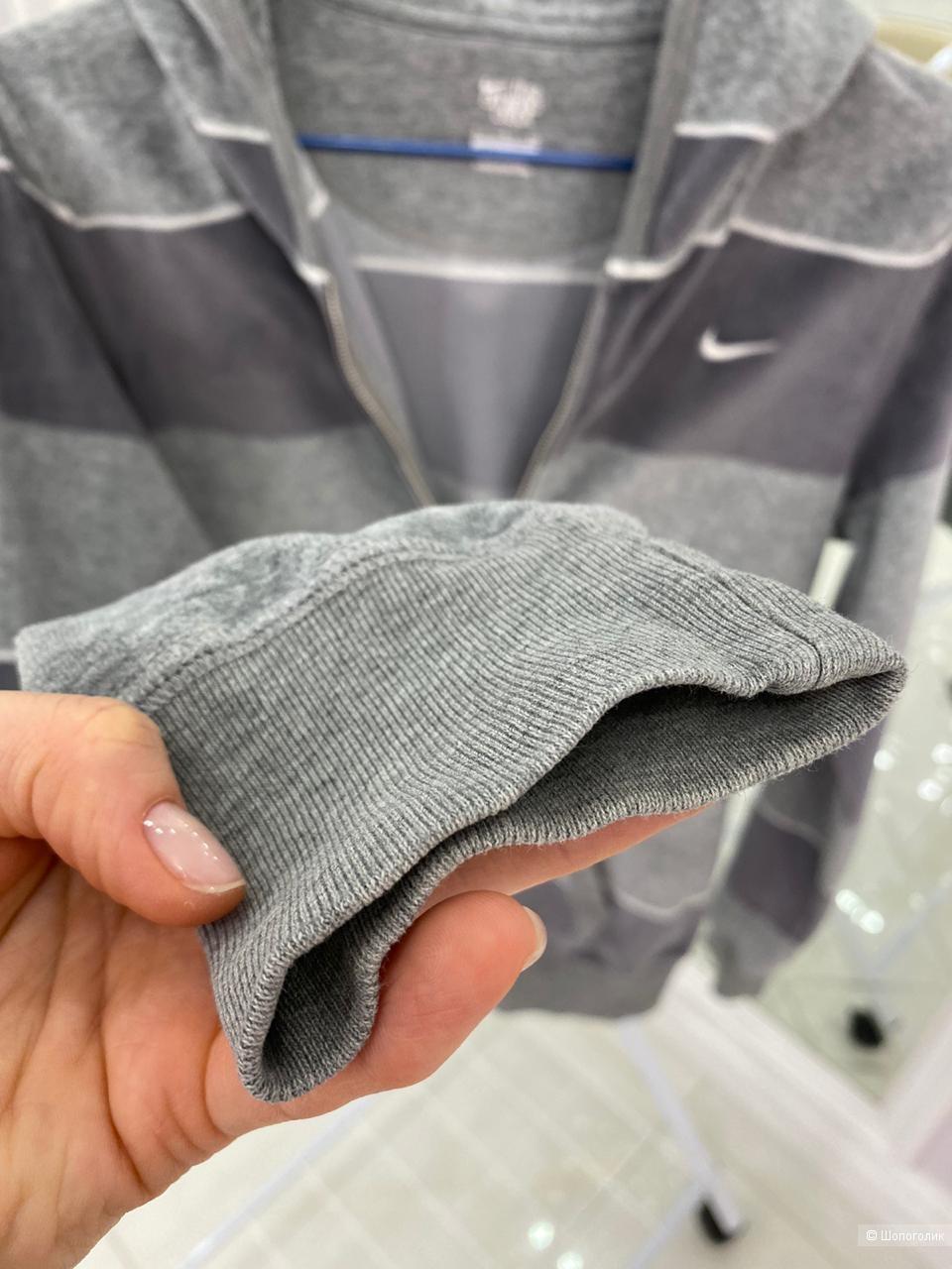 Толстовка Nike, размер s
