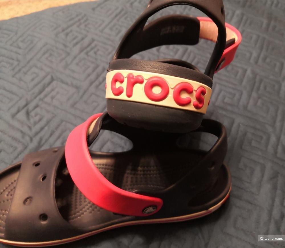 Сандалии J3, Crocs