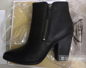 Ботильоны казаки Michael Kors Denver Leather Ankle Boot, 7,5М (37,5)