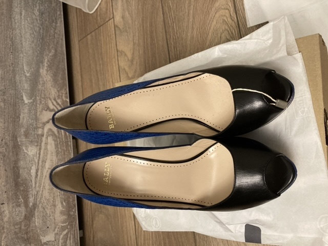 Туфли  женские , итальянского производства , бренд Bally, размер указанный на изделии 391/2 EU