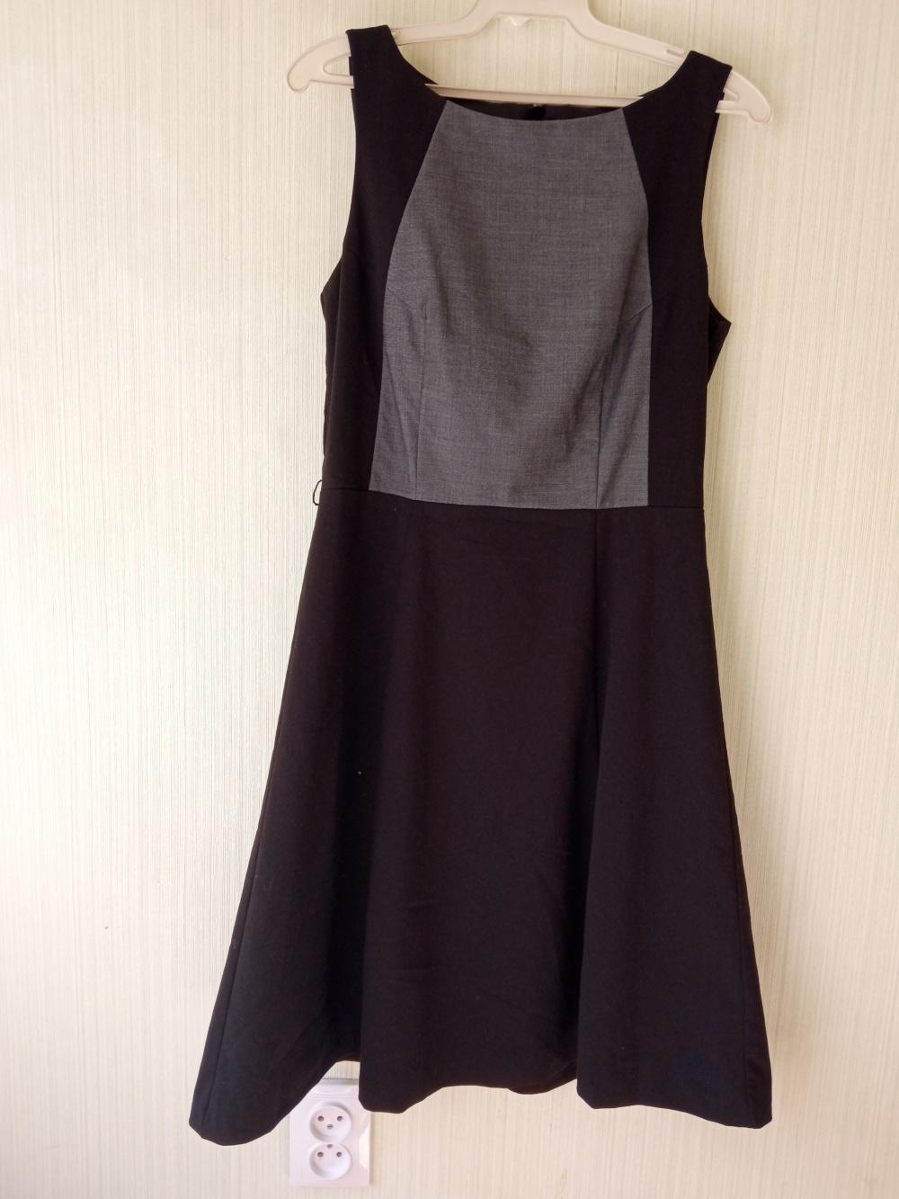 Платье в H&M размер 38