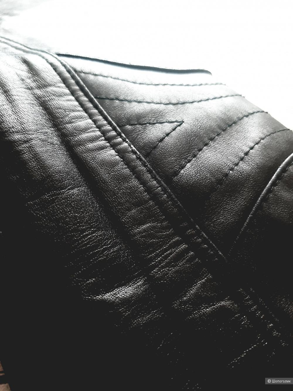 Кожаная куртка DKNY, размер М/ L/XL