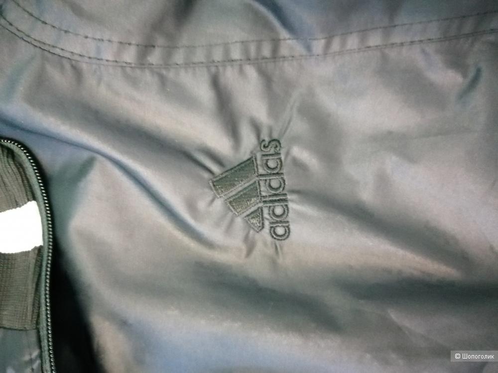 Курточка - ветровка Adidas, размер S(XS)