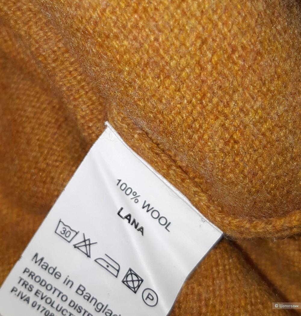 Новый свитер trussardi, размер 46/48/50