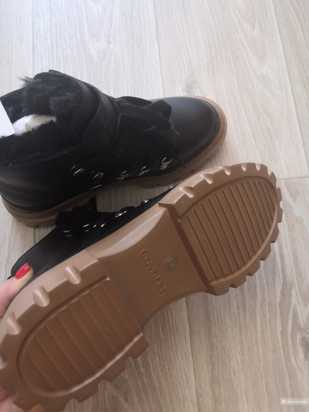 Ботинки Calvin Klein. Размер 35.
