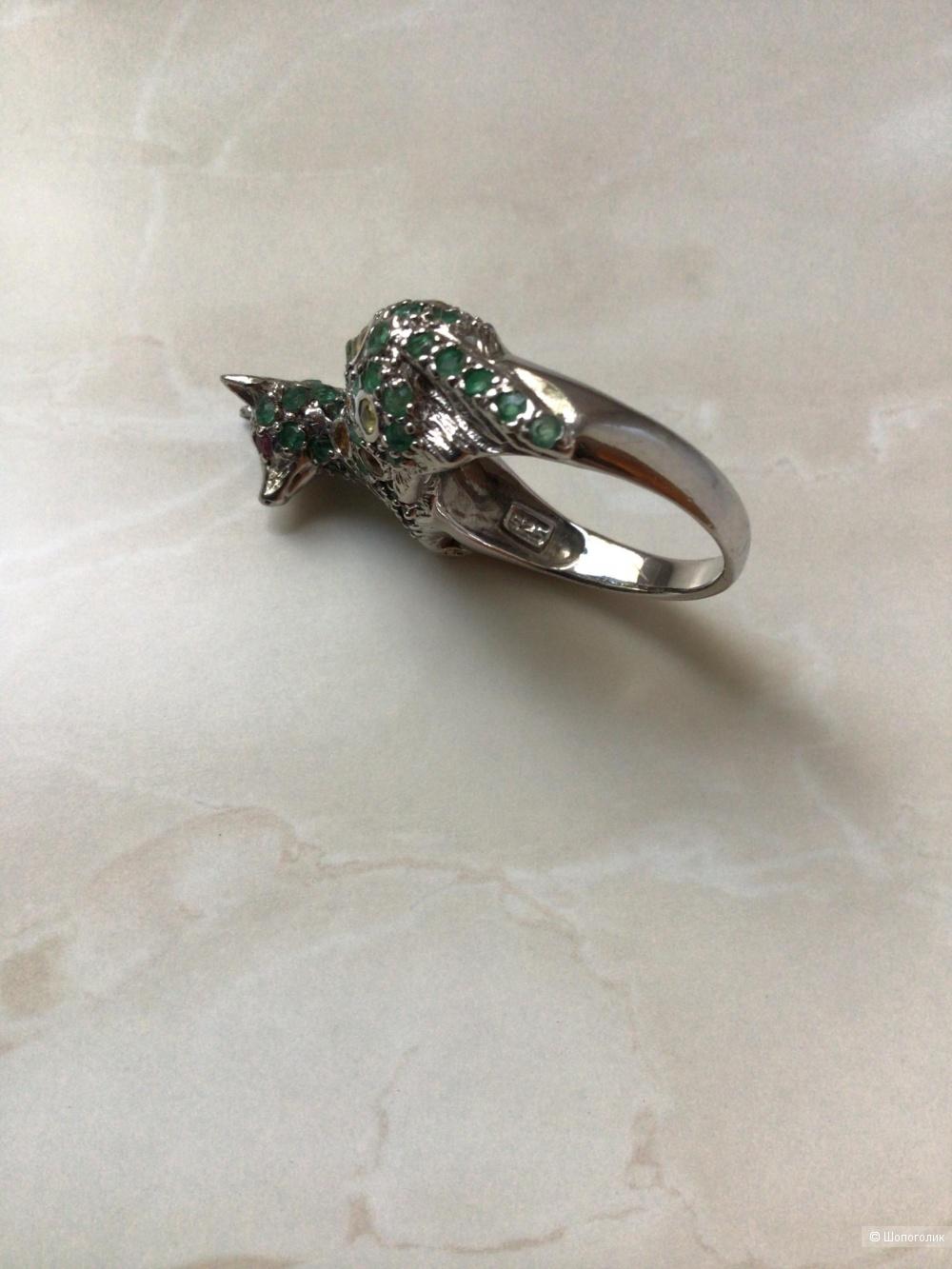 Серебряное кольцо «Лисичка» с натуральными изумрудами, сапфирами, рубинами, размер 17-17,25