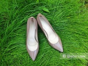 Туфли-лодочки Stesso 40 размер