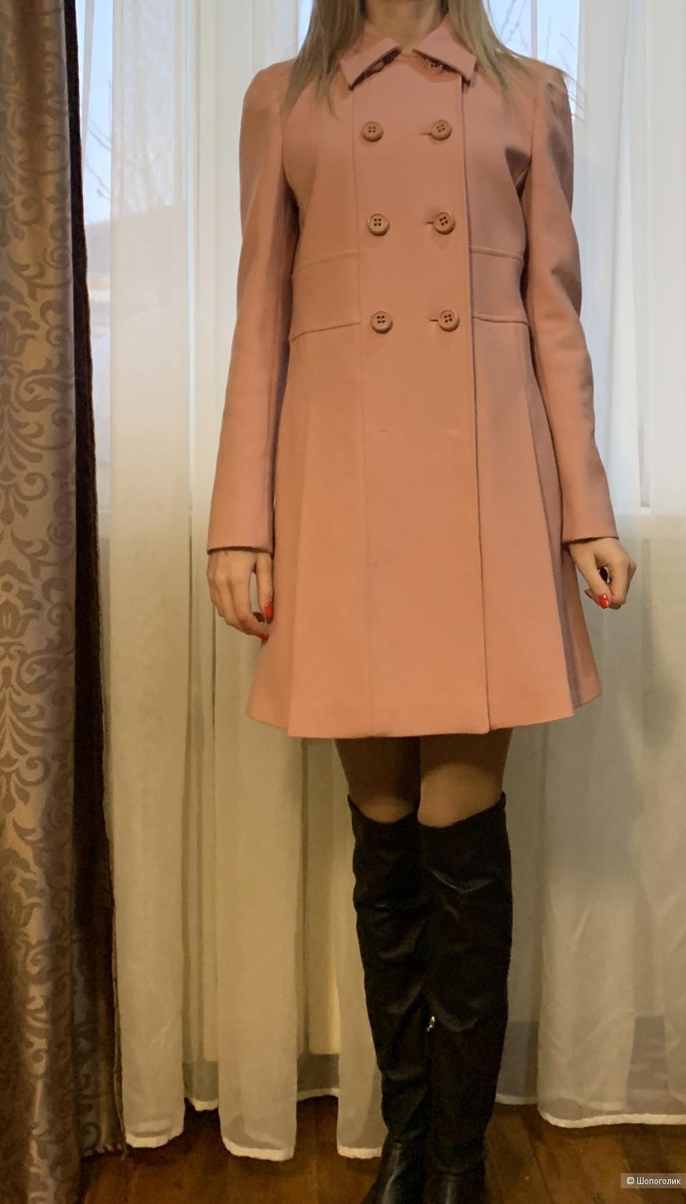 Пальто Red Valentino 42-44