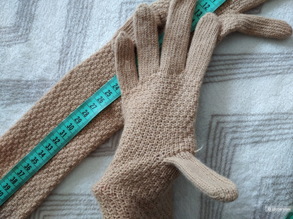 Шапка Canoe (58) и перчатки Benetton в подарок