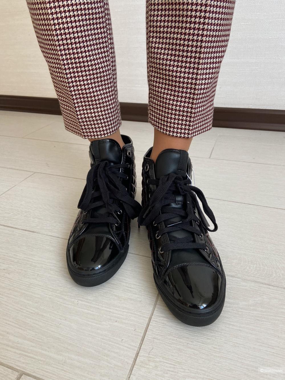 Ботинки Geox на 39 размер