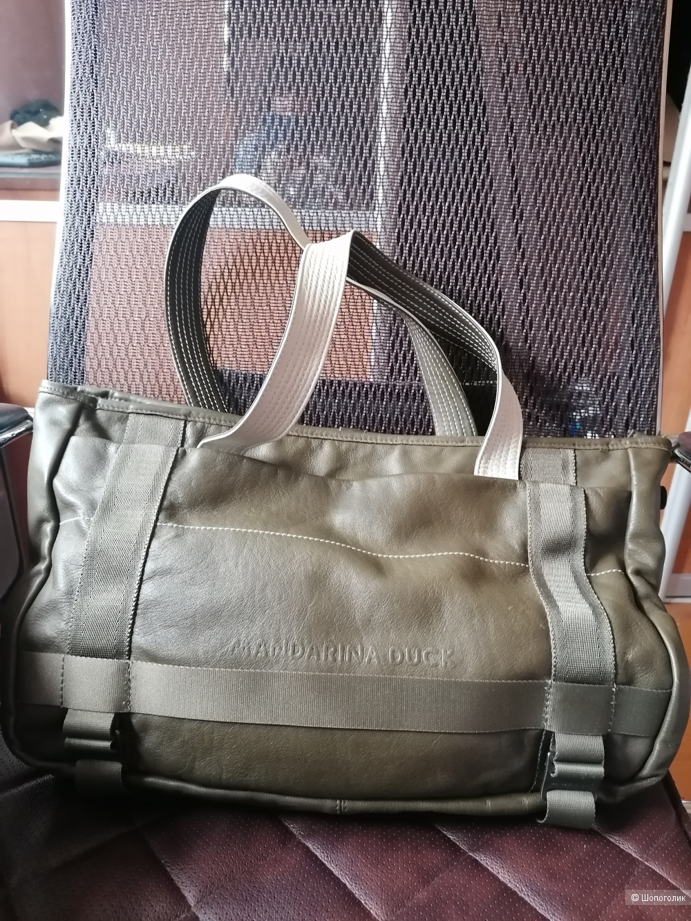 Кожаная сумка Mandarina Duck