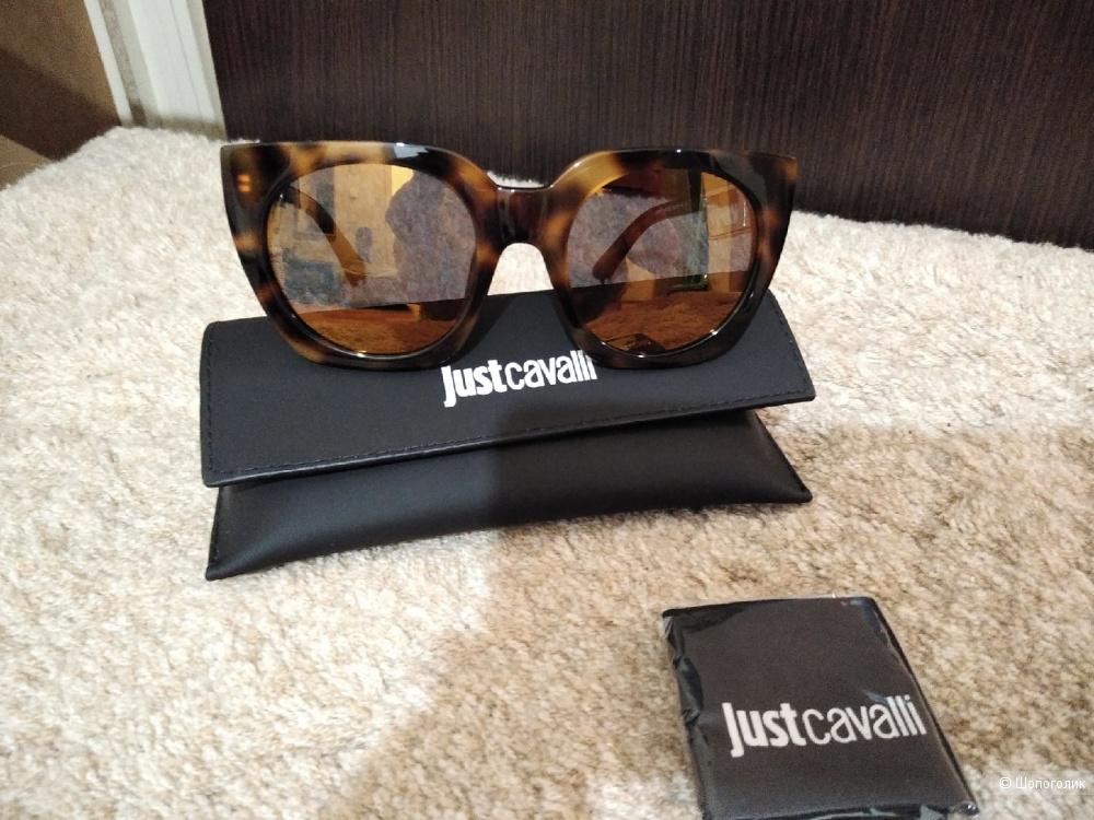 Солнцезащитные очки Just Cavalli (Roberto Cavalli).