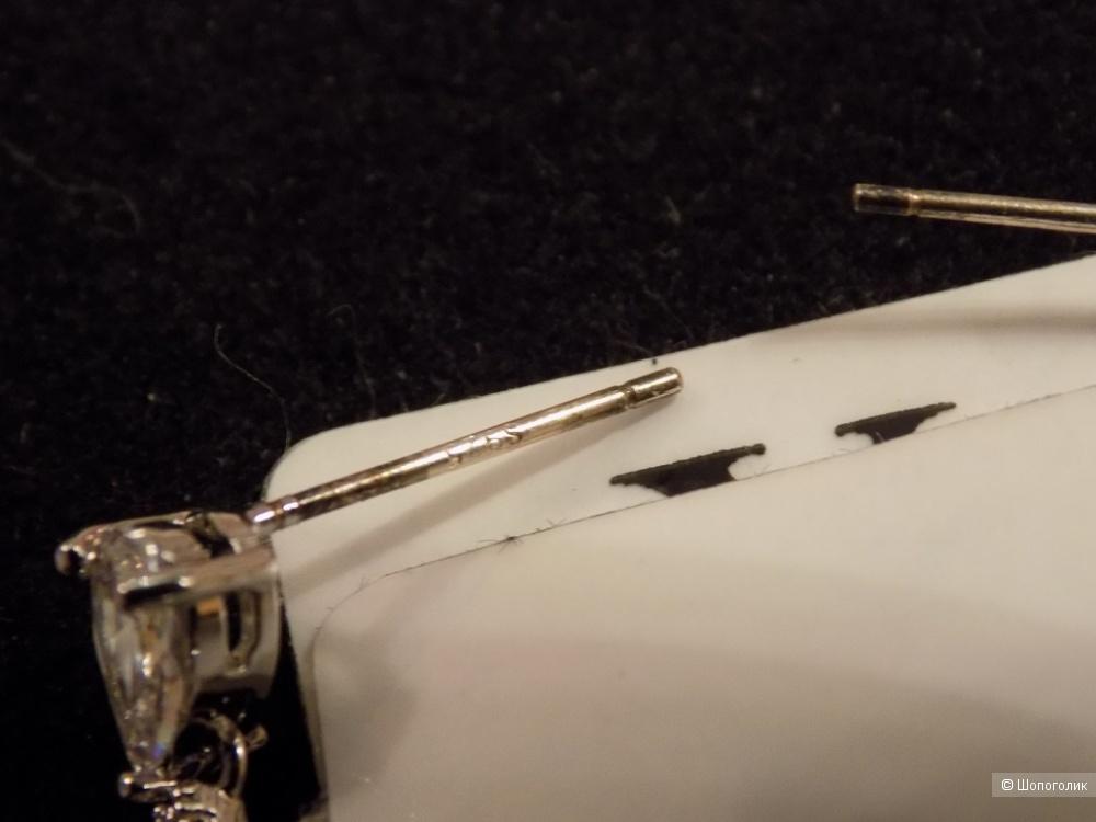 Длинные серьги с фианитами