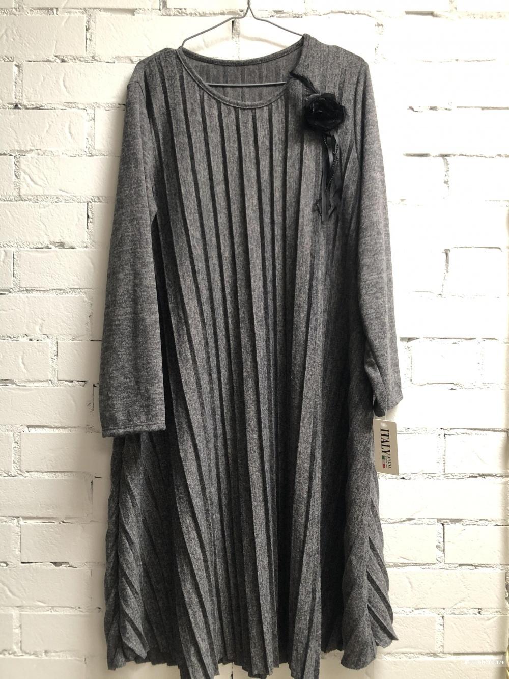 Платье плиссе с брошью ITALY FIORE , 44-54