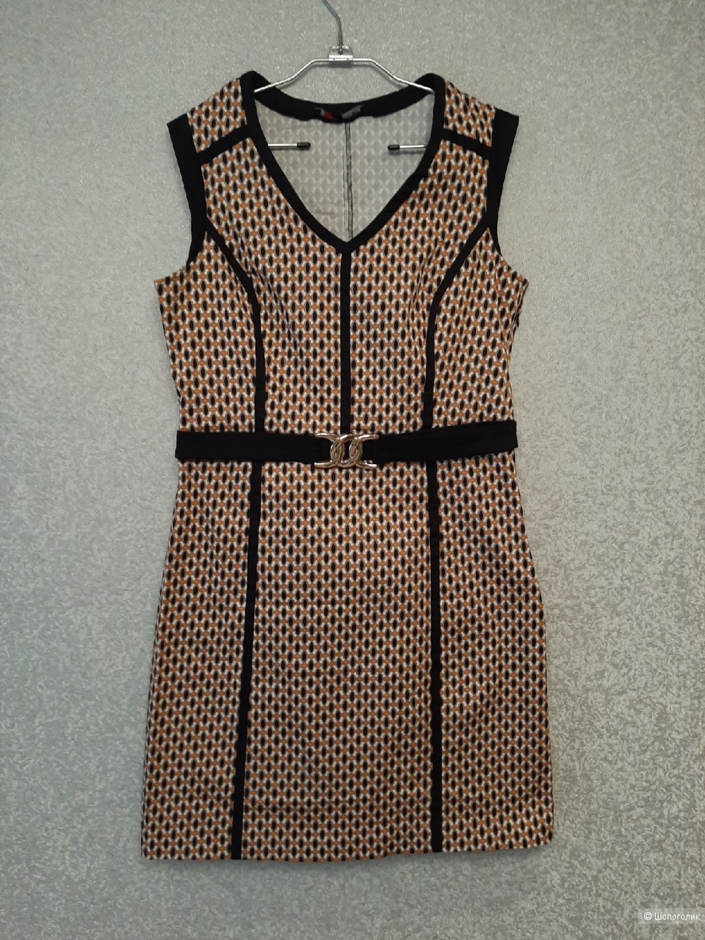 Платье Lola Liza размер 46