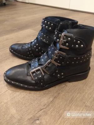 Женские ботинки Топшоп 37 размер.