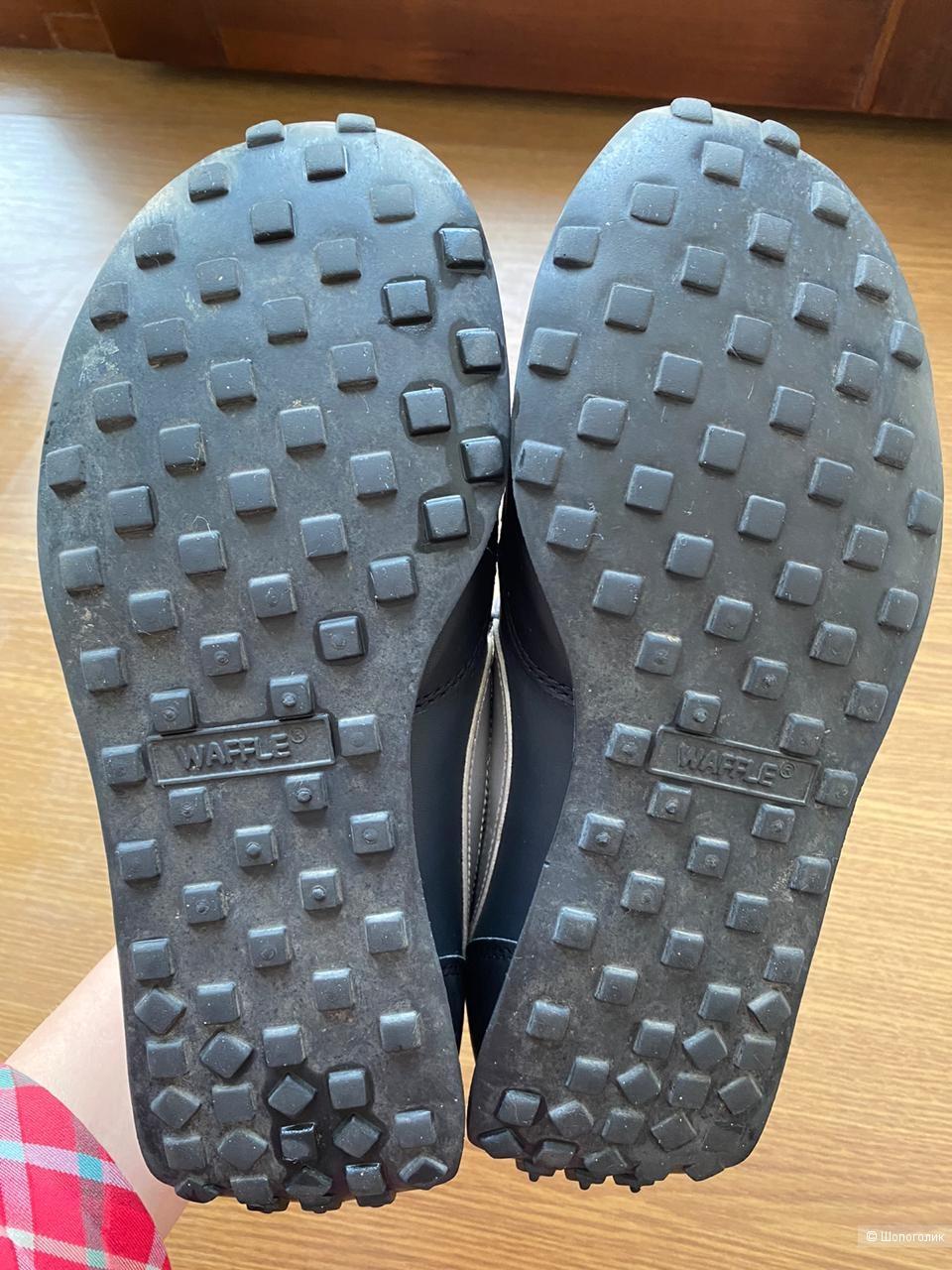 Кроссовки Nike, размер 37,5.