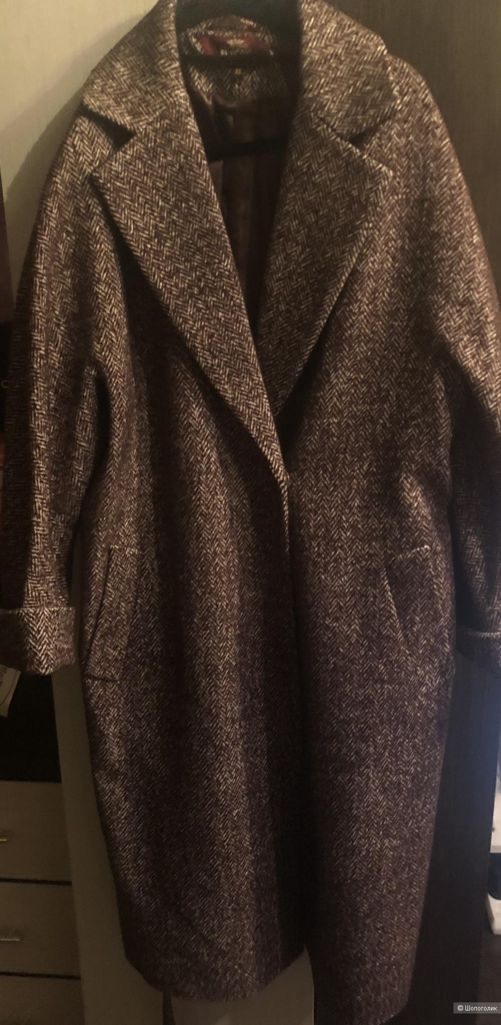 Пальто демисезонное ,48 размер