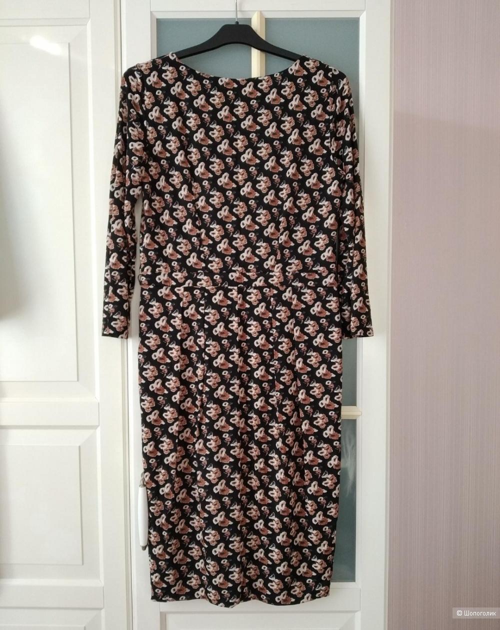 Платье Max Mara на 44-46