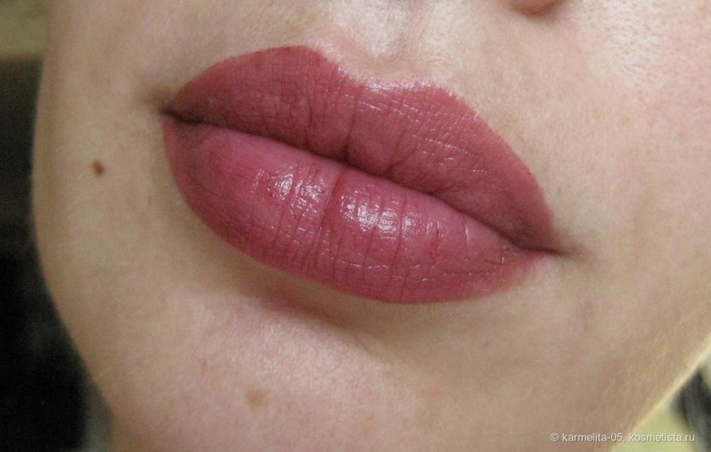 CHANEL ROUGE COCO LIP BLUSH увлажняющий тинт для губ и щек 420 BURNING BERRY