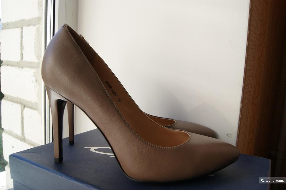 Туфли Basia, кожа. Размер 38.