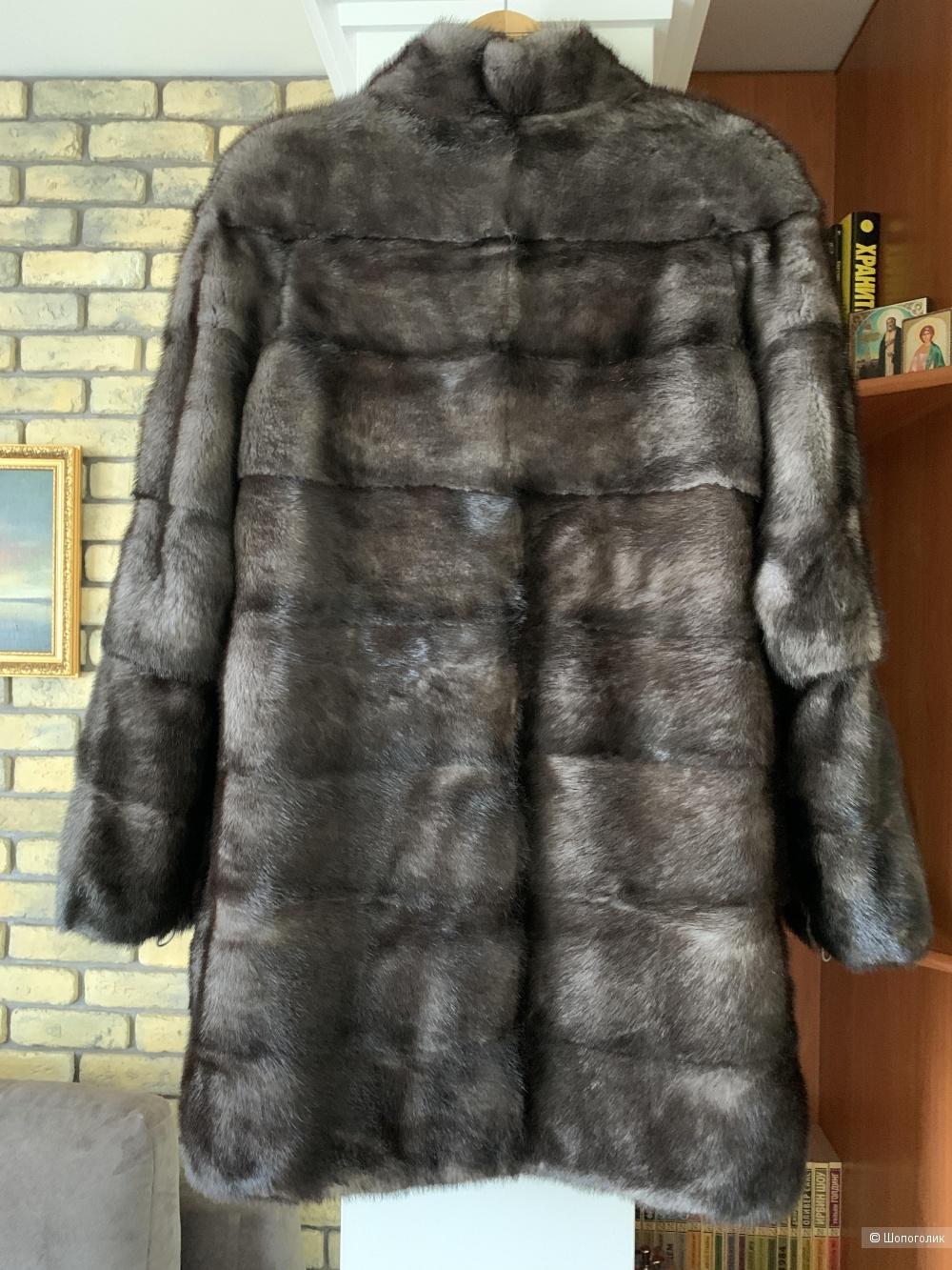 Шуба Polar Bear furs 44 размер