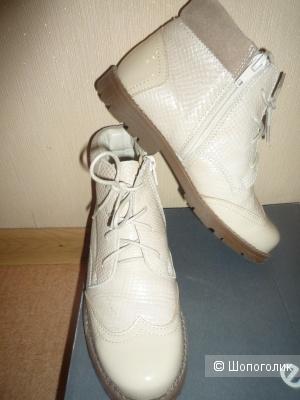 Ботинки демисезонные Котофей 35 размер