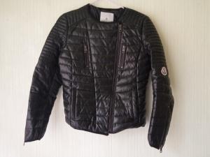 Куртка  Moncler размер m