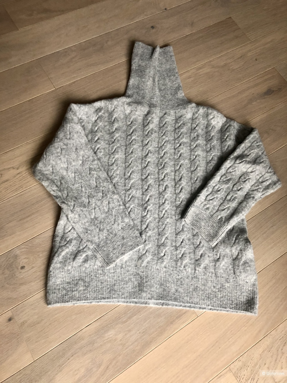 Вязаный косами свитер H&M размер xs
