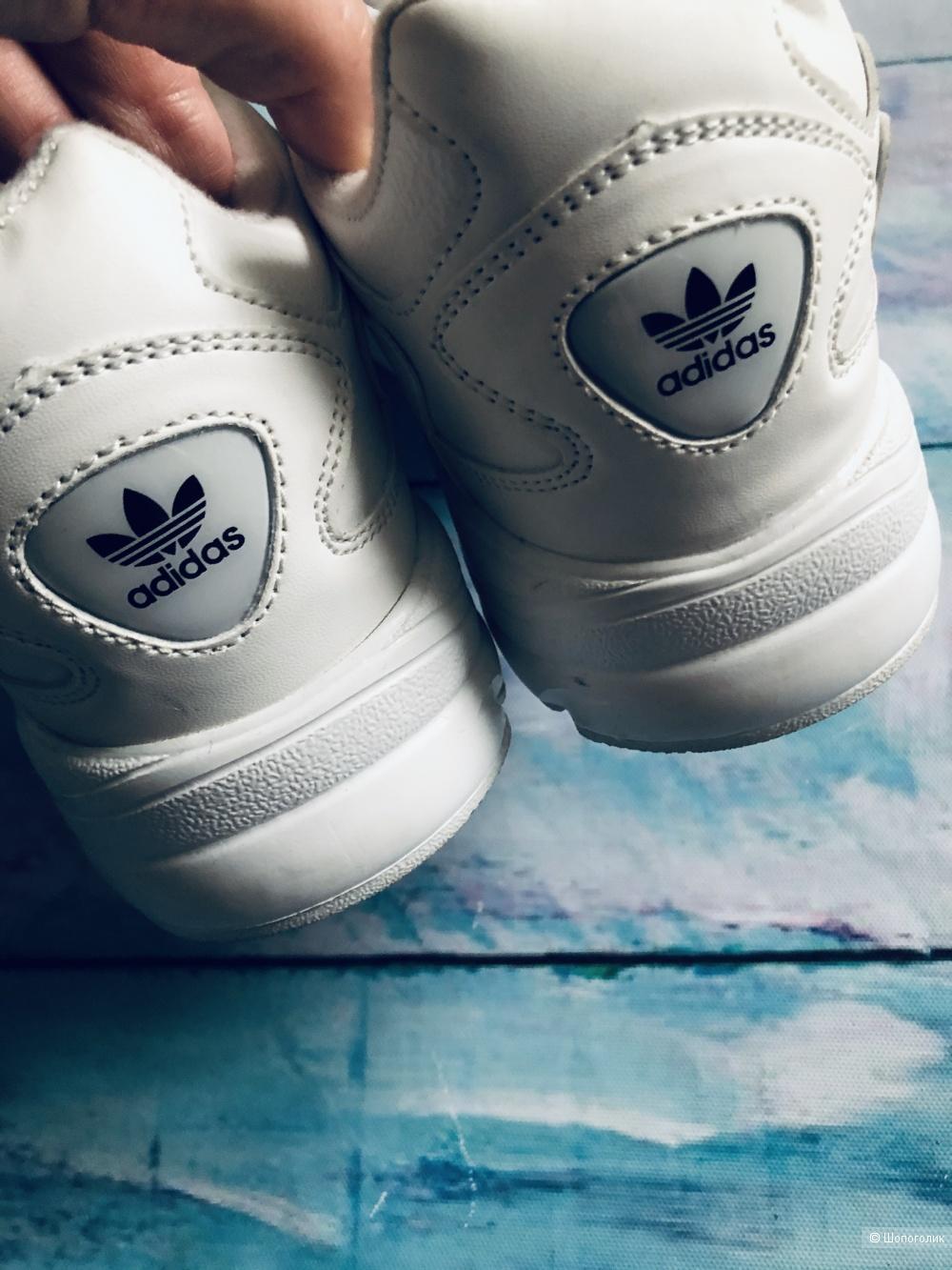 Женские кроссовки Adidas р.35-37
