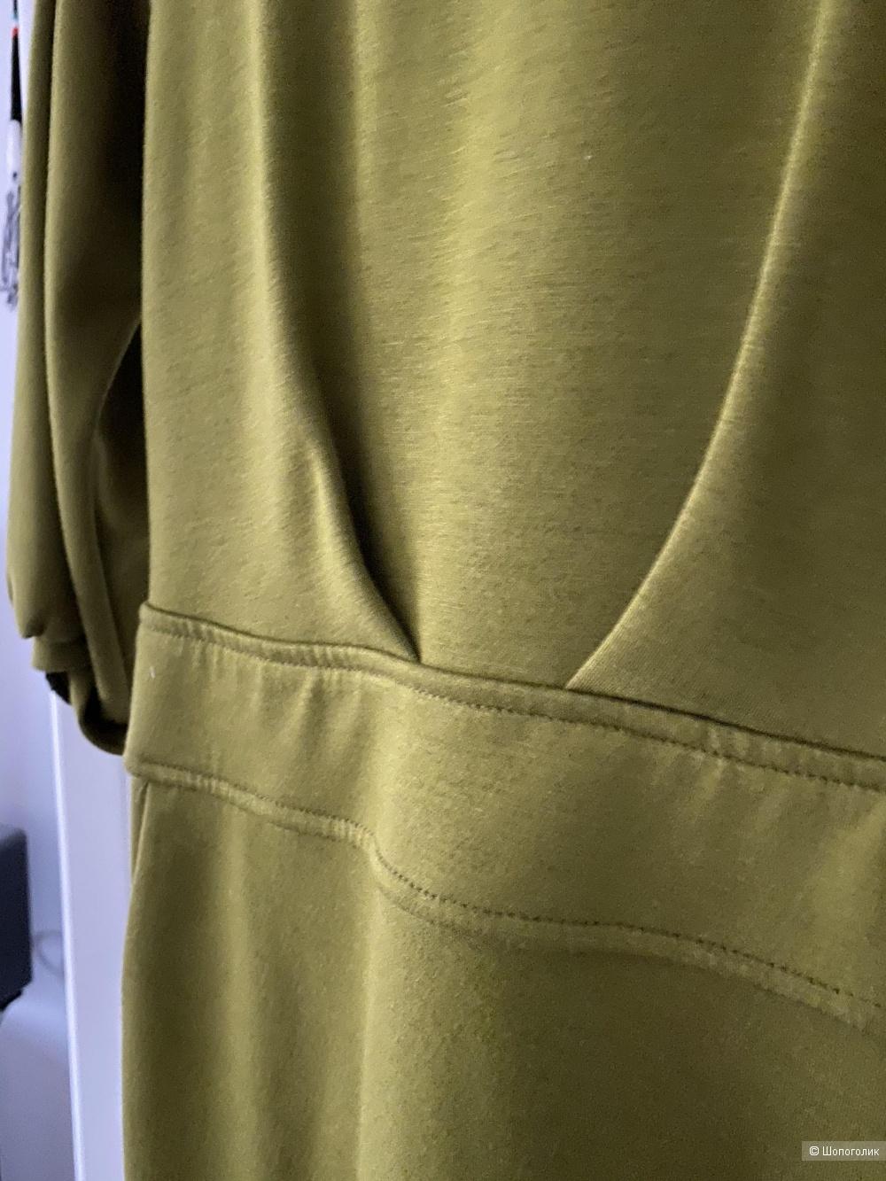 Стильное платье 42-44