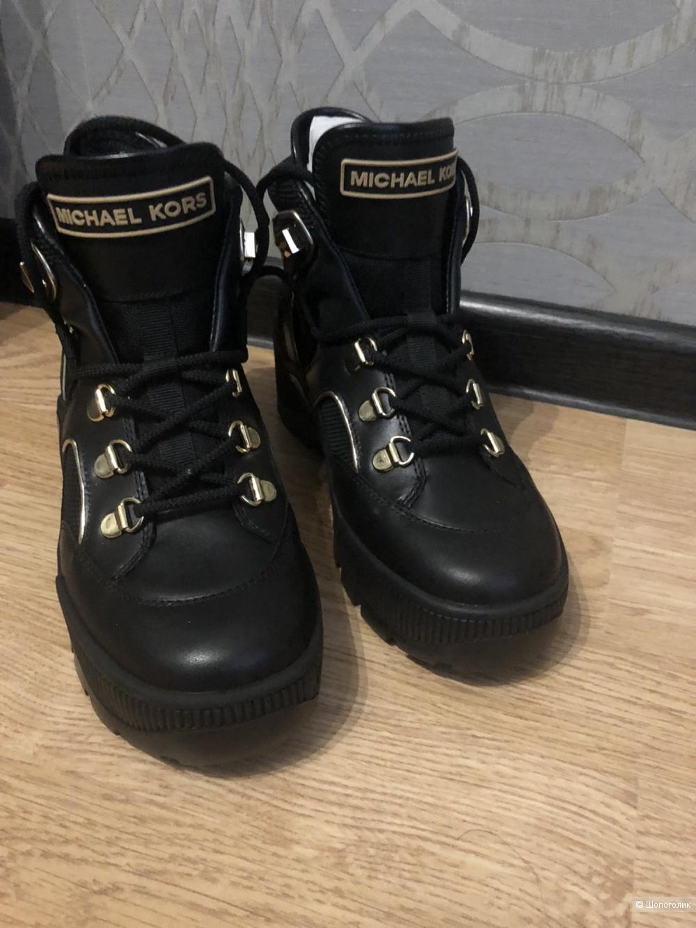 Ботинки Michael Kors,6,5
