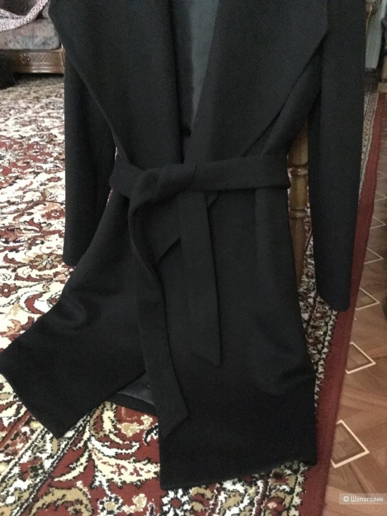 Raffaello пальто, р. 42-46