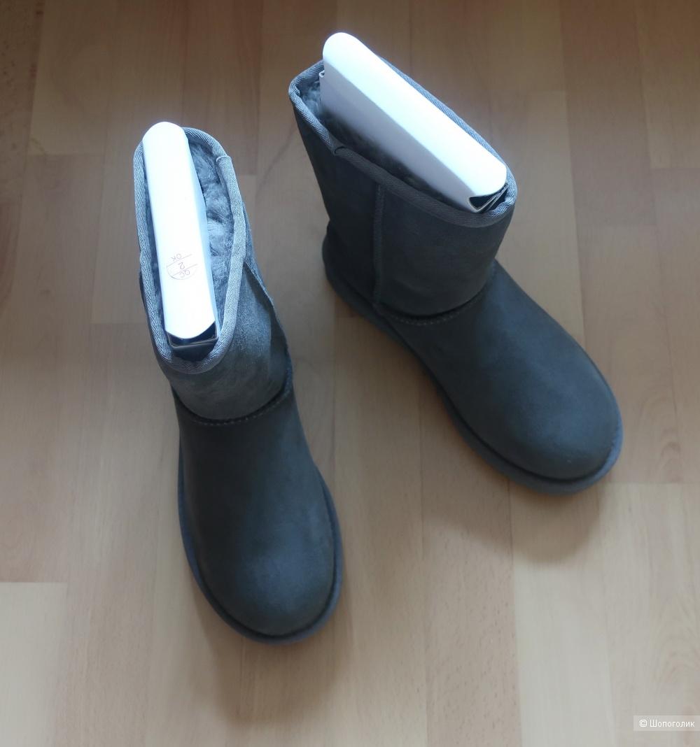 Новые сапоги UGG, размер 8US